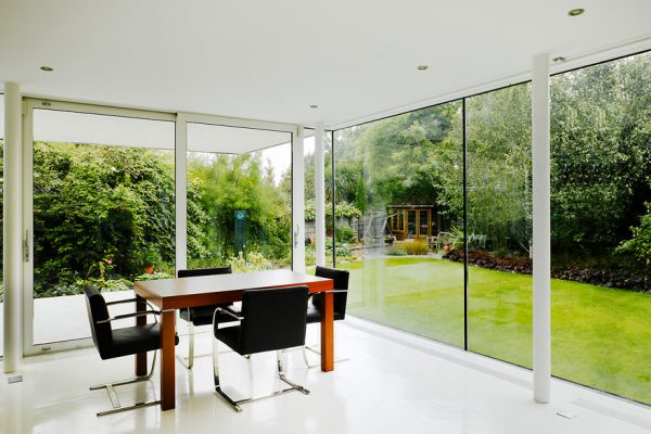 Our clients approached us to design a new contemporary, light-filled garden room for their home.