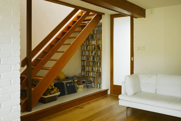 a contemporary living space which responded to the original house design but which was distinctly modern